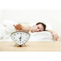 Uyku Düzensizliği Hayatınızı Olumsuz Etkiliyor!