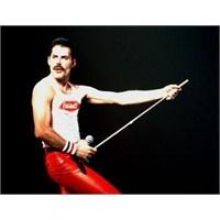 Freddie Mercury'nin Hayatı Belgesel Oldu