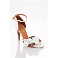 Beyaz Topuklu Ayakkabı Modelleri