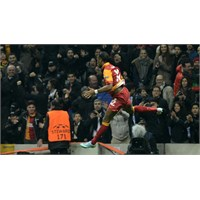 Galatasaray'ın Rakibi Napoli..