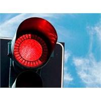 Kırmızı Işıkta Geçme Cezası İki Katına Çıkıyor