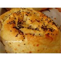 Patlıcanlı Gül Böreği..
