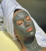 Kremalı Yeşil Çay Maskesi