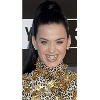 Yeni Moda : Diş Aksesuarları