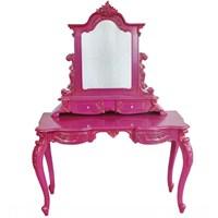 Hem Şık Hem Kullanışlı Makyaj Aynaları