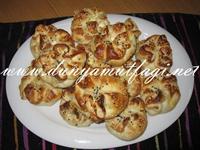 Zeytinli- Peynirli Pogaça