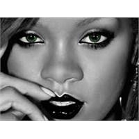 Dünden Bugüne>>> Rihanna