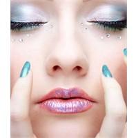 Göz Şeklinize Göre Makyaj Örnekleri