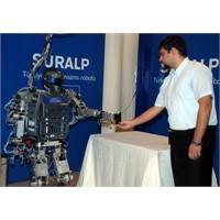 """Türkiye'nin İlk İnsansı Robotu""""Suralp"""""""