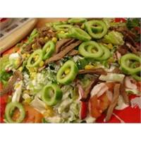 Beyaz Soslu Biftek Salatası