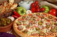 Kolay Tarifi İle Pizza Yapımı