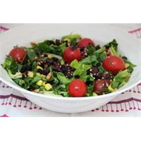 Ispanak Yapraklarından Salata