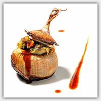 Etli Soğan Dolması / Onions Stuffed With Beef