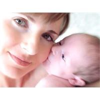 Emziren Anneler Diyet Yapmalı Mı?