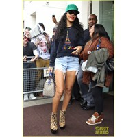 Kenzo Girl Rihanna