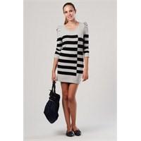 Tommy Hilfiger Markasından En Özel Yaz Elbiseleri