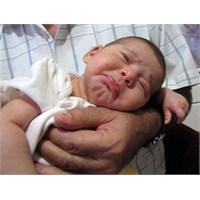 Bebekte Kolik Ağrısı. Ne Çektik Be Senden Kolik
