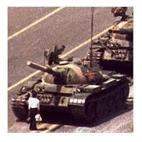 Tiananmen'deki Çelimsiz Direnişçi