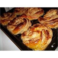 Tahinli Çörek (Mutfak Ve Tatlar)