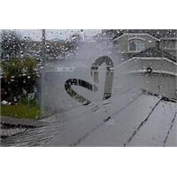 Yağmurun Sesine Bak