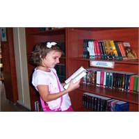 Bilgi Evleri'ni Yeni Kitap Kokusu Sardı