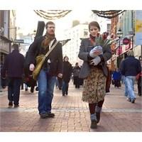 """""""Once"""" - Dublin'de Bir Yalnız Kalpler Sokağı"""
