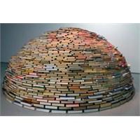 Kitaplar Sığınak! Böylesini Görmediniz!
