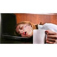 Sürekli Yorgunluğun Sebepleri Nelerdir?