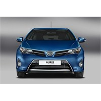 Toyota Auris Artık Daha Çekici