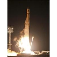 Uydular Dünyamızı Tehdit Mi Ediyor ?