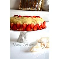 Çilekli Nefis Pasta