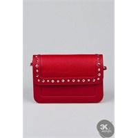 Kırmızı Renkli Çanta Modası