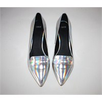 Hologram Ayakkabılar