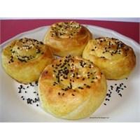 İkramlık Gül Böreği