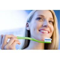 Diş Fırçası Kullanımı Nasıl Olmalı ?