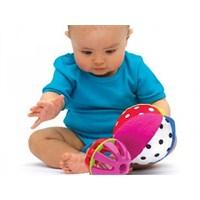 Oyuncaklar Bebeğinizin Yeteneklerini Geliştiriyor