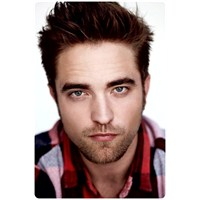 Robert Pattinson Hangi Parfümü Seçti ?