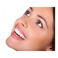 Diş Beyazlatıcı İle Bembeyaz Dişler