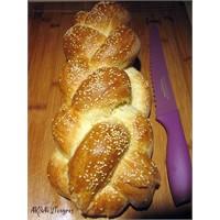 Challah (Hala) Ekmeği - Örgülü Ekmek