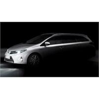 2013 Toyota Auris Wagon & Verso Mpv