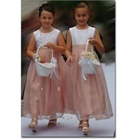 Çocuklara Abiye Elbise Modelleri