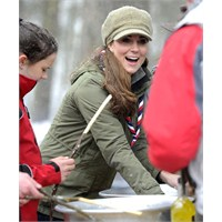 Kate Middleton İzci Kampında