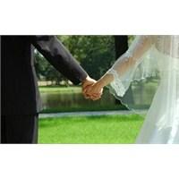 Hem İş Hem De Evlilik Nasıl Bir Arada Yürür?