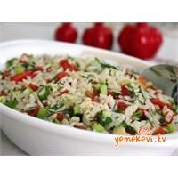 Muhteşem Bir Pirinç Salatası