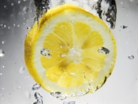 Limon Ve Konyakla Sivilcelere Son !