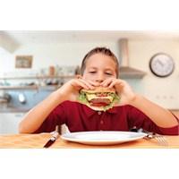 Doğru Beslenme Okul Başarısını Etkiliyor