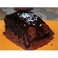 Çikolatalı Islak Kek Hazırlanışı