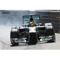 Rosberg Monaco'da Rahat Kazandı