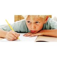 Çocuğunu Okula Göndermek İstemeyen Velinin Rehberi