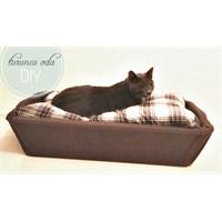 Leğenden Kedi Yatağı